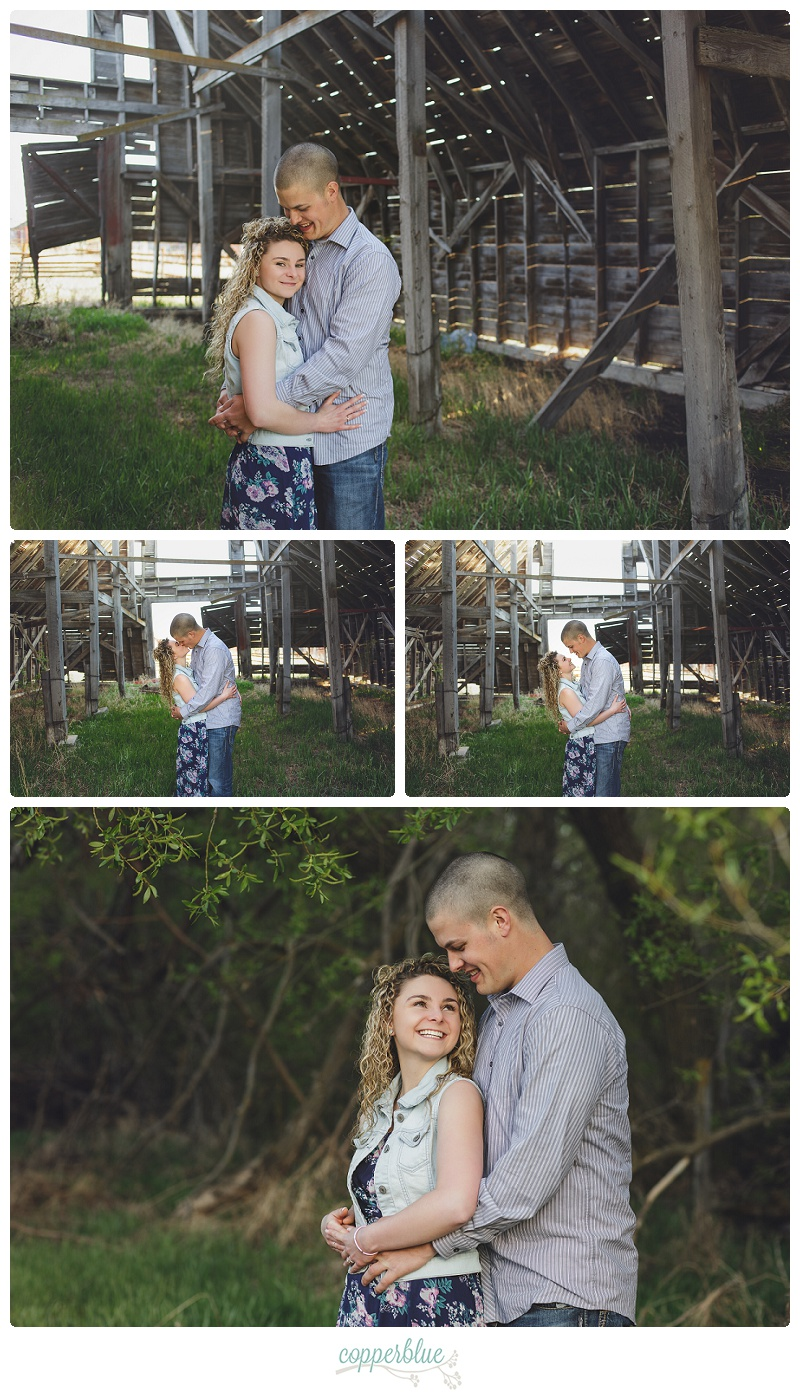 Engagement photos barn