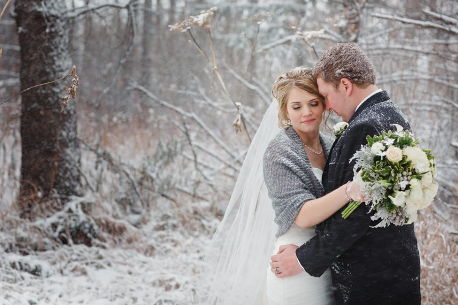 Saskatchewan winter wedding