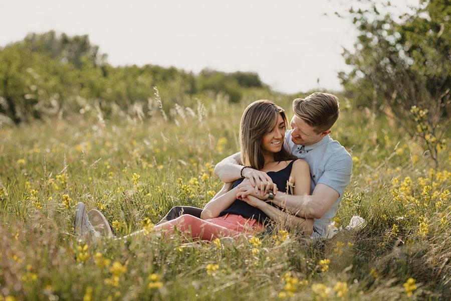 engagement photos in saskatoon